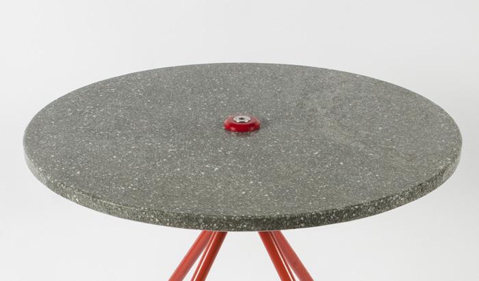 ZHUA(Table)